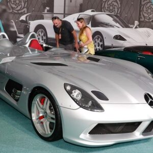 مزاد السيارات السوبر في الإمارات